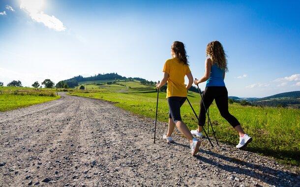 Akreditovaný rekvalifikační kurz Instruktor kondiční chůze (Nordic Walking) Brno