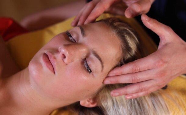 Indická masáž hlavy - kurz v Praze 7.12.2019
