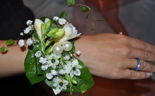 Šperky ze živých květin
