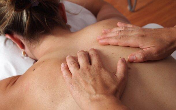 Sobotní kurz relaxační masáže v Praze: 24. června